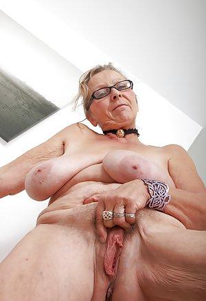 Big Granny Boobs Pics