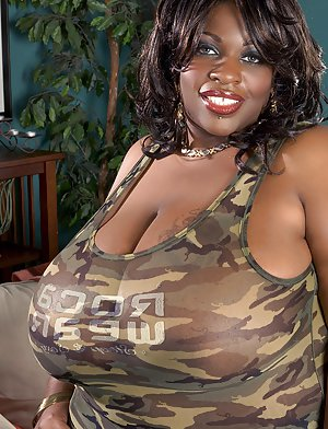 Big Black Boobs Pics