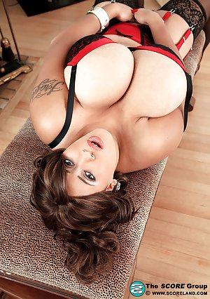 Big Latina Boobs Pics